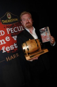 RJ Ellory wins Theakstons Crime Award 2010